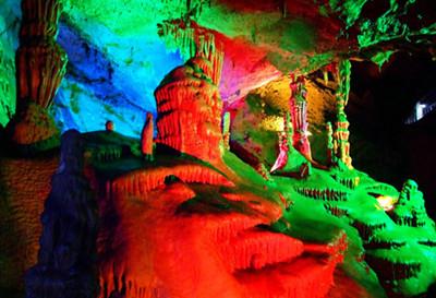野三坡鱼谷洞